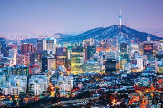 Bạn chỉ cần một tinh thần lạc quan và nhiệt huyết thôi là có thể vi vu thoải mái ở Seoul rồi. (Ảnh: Internet)