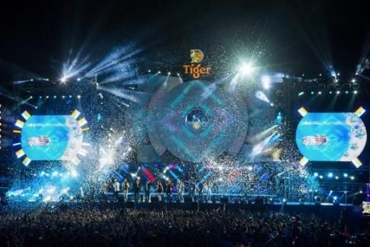 Đại tiệc âm nhạc tại 5 thành phố khiến giới trẻ cả nước phát sốt