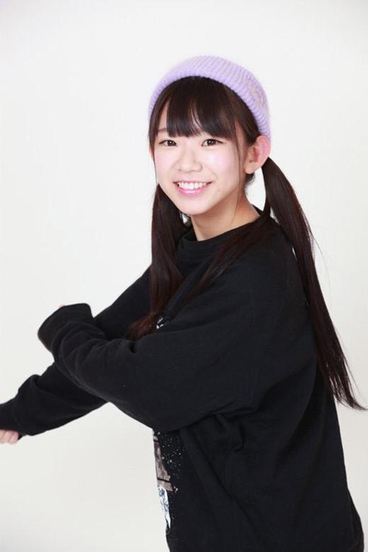 Nụ cười cô cũng hết sức rạng rỡ, tươi sáng. (Ảnh: nagasawa_marina)