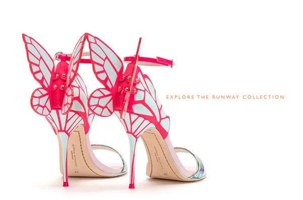 Thiết kế giày này đã manh nha xuất hiện từ năm 2014 dưới bàn tay tài hoa cùng sức sáng tạo của nhà thiết kế Sophia Wedster. Tuy nhiên mãi đến cuối năm 2015 và trong những ngày đầu năm 2016 chúng mới thực sự trở thành món phụ kiện được quan tâm.