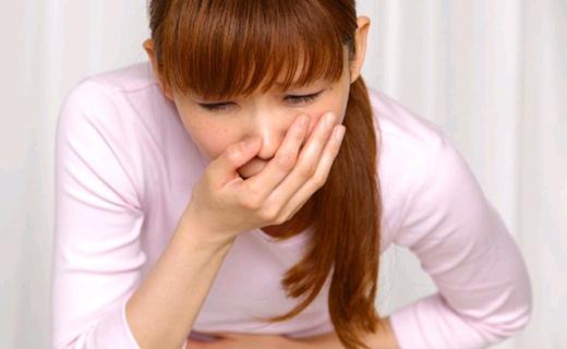 Vừa chóng mặt vừa buồn nôn là một cảm giácthực sự rất khó chịu. (Ảnh: Internet)