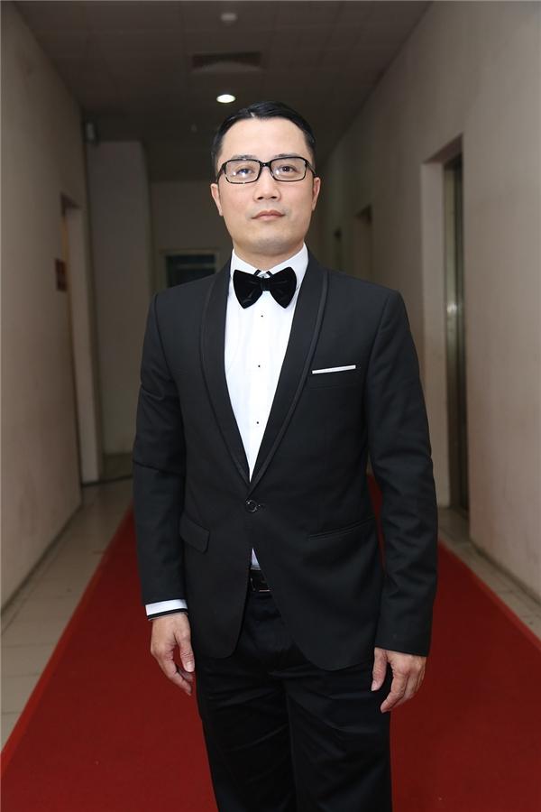 Giám khảo Hồng Việt - Tin sao Viet - Tin tuc sao Viet - Scandal sao Viet - Tin tuc cua Sao - Tin cua Sao