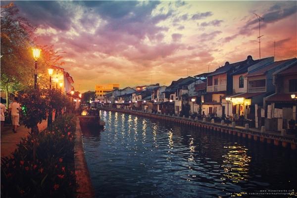 Malacca còn mang nét quyến rũ của sự pha trộn giữa nhiều nền văn hóa từ Á sang Âu.(Ảnh: Internet)