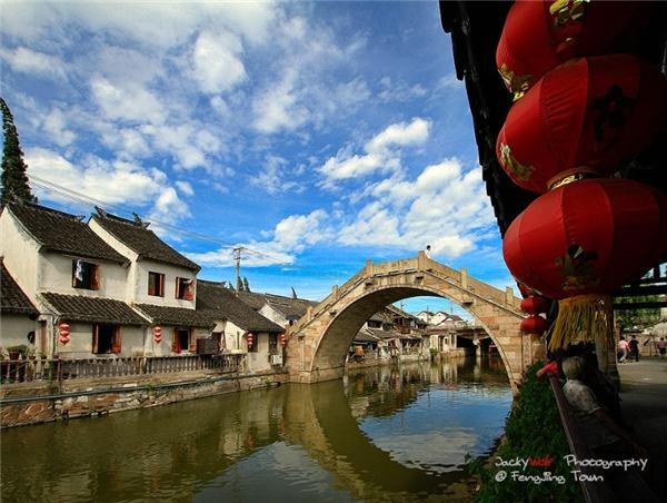 Phố cổ Fengjing - niềm tự hào của Thượng Hải.(Ảnh: Internet)