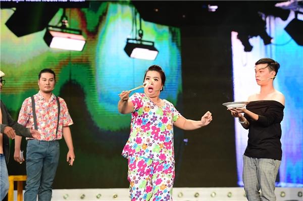 Việt Hương - Trấn Thành khóc khi vì sự hi sinh của Thanh Vân - Tin sao Viet - Tin tuc sao Viet - Scandal sao Viet - Tin tuc cua Sao - Tin cua Sao