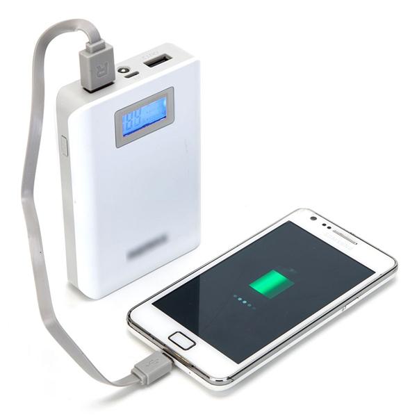 Thời lượng pin luôn là vấn đề đáng lo ngại đối với người dùng thiết bị di động thông minh. (Ảnh: Internet)