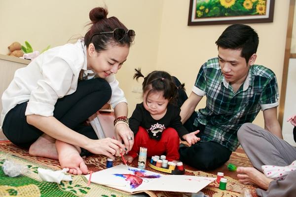 Điểm lại những chuyến viếng thăm khiến fan bất ngờ của sao Việt - Tin sao Viet - Tin tuc sao Viet - Scandal sao Viet - Tin tuc cua Sao - Tin cua Sao