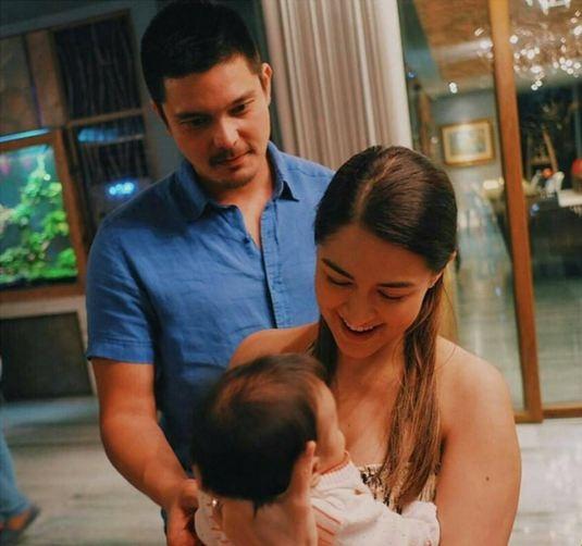 """Hạnh phúc viên mãn của gia đình """"mĩ nhân đẹp nhất Philippines"""" khiến nhiều người ngưỡng mộ."""