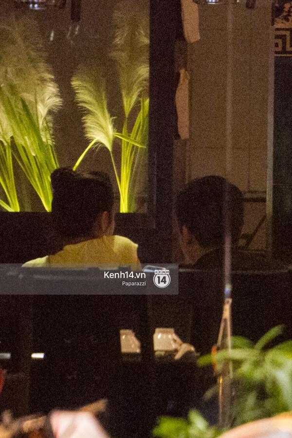 Midu và Phan Thành khá thân thiết trong lúc dùng bữa. (Ảnh: Internet) - Tin sao Viet - Tin tuc sao Viet - Scandal sao Viet - Tin tuc cua Sao - Tin cua Sao