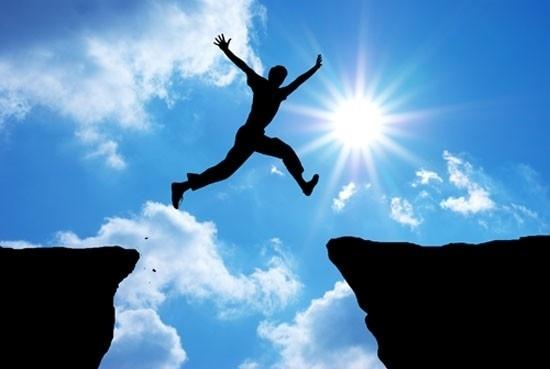 Thất bại chỉ là thử thách trên con đường đi tới thành công.