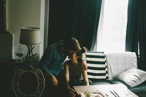 Nếu gặp lại, xin đừng gọi nhau là người yêu cũ…