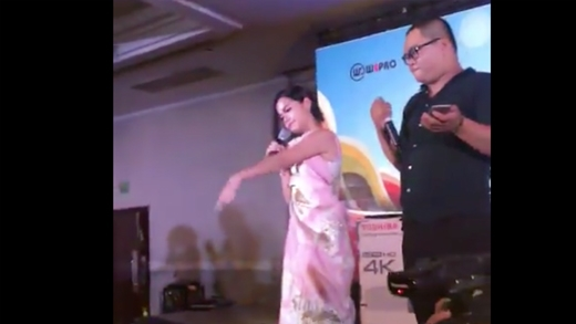 Phạm Quỳnh Anh bất ngờ hát lại
