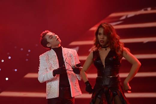 Sơn Tùng M-TP và DJ Mari Ferrari chia sẻ cảm xúc đến khán giả