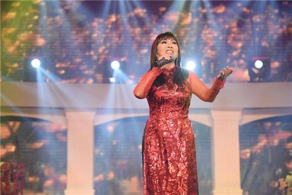 Ca sĩ Phương Hồng Ngọc - Tin sao Viet - Tin tuc sao Viet - Scandal sao Viet - Tin tuc cua Sao - Tin cua Sao