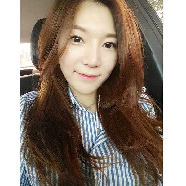 Con gái Hàn đổ xô cắt tóc tỉa layer giống Suzy