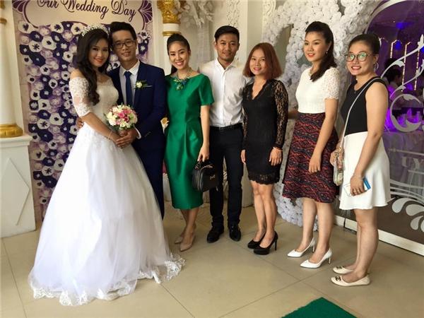 Quý Bình, Lê Phương trong lễ cưới của em gái nữ diên viên. - Tin sao Viet - Tin tuc sao Viet - Scandal sao Viet - Tin tuc cua Sao - Tin cua Sao
