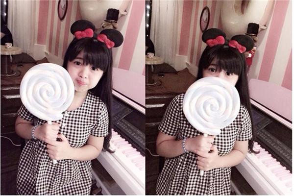 Trên trang cá nhân,NguyễnVân Khanh(sinh năm 1999) có khá nhiều ảnh chế vui nhộn, nhí nhảnh.