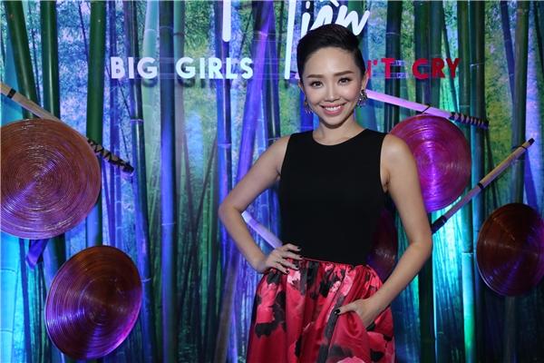 Tóc Tiên rạng rỡ và xinh đẹp trong ngày giới thiệu mini album cũng như MV Big Girls Don't Cry - Tin sao Viet - Tin tuc sao Viet - Scandal sao Viet - Tin tuc cua Sao - Tin cua Sao