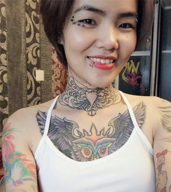 """HuỳnhMai không hề hối hận khi theo đuổi môn nghệ thuật """"điêu khắctrên cơ thể này"""". (Ảnh: Internet)"""