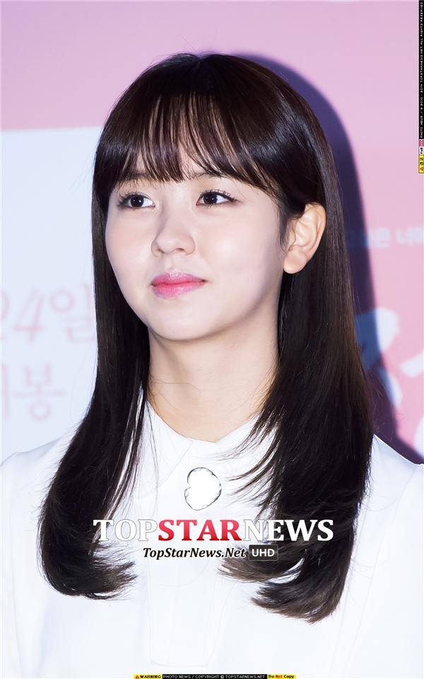 """Sao nhí xứ Hàn """"lột xác"""" trở thành diễn viên đầy tiềm năng"""