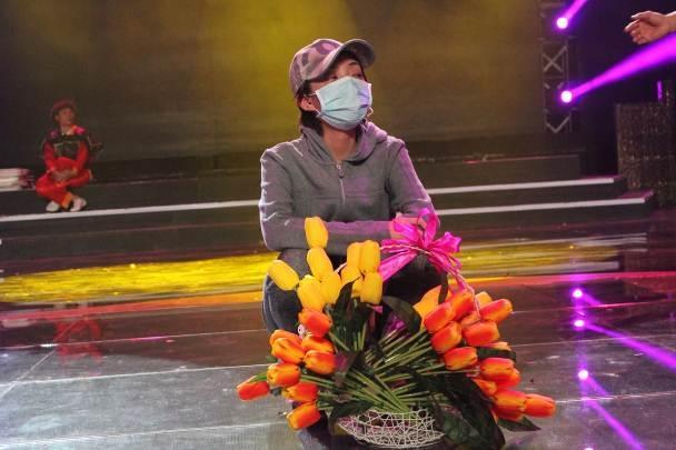 """ Mới đây, ở thời điểm trước đêm chung kết 6 chương trình Tài Tử Tranh Tài, """"hoa hậu hài"""" Thu Trang đã bất ngờ phải nhập viện với triệu chứng sốt cao kèm theo phát ban đỏ. - Tin sao Viet - Tin tuc sao Viet - Scandal sao Viet - Tin tuc cua Sao - Tin cua Sao"""