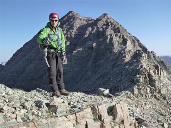Càng lên cao, đòi hỏi những nhà leo núi phải thật sự tập trung.(Ảnh: Internet)