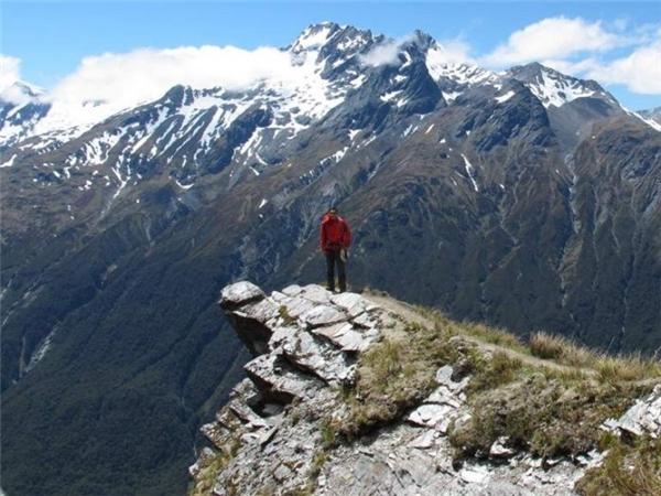 Phải chuẩn bị thật kĩ, từ sức khỏe lẫn tâm lí, để chinh phục đường đèo Cascade một cách an toàn nhất.(Ảnh: Internet)