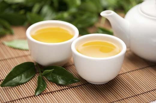 Uống trà giúp giảm béo và thanh lọc cơ thể. (Ảnh:Internet)