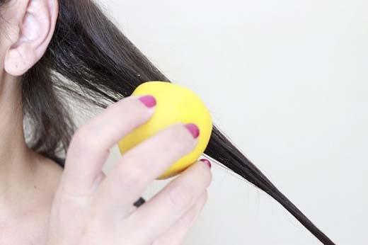 Chà chanh lên từng lọn tóc. (Ảnh:Internet)