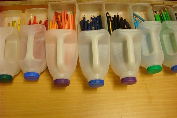 Hộp đựng bút (Ảnh: Internet)