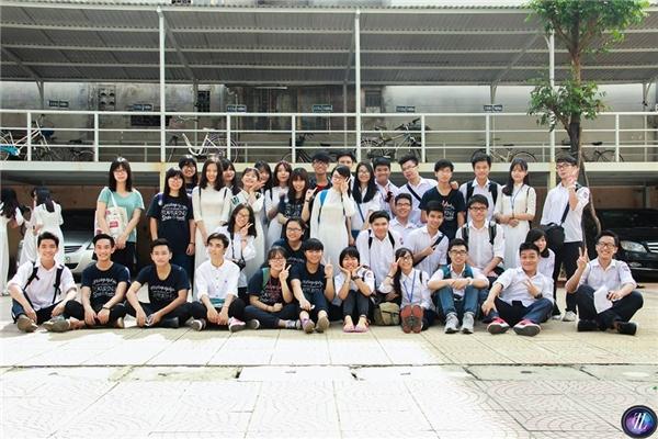 Những gương mặt trẻ củacâu lạc bộ nhiếp ảnh Thăng Long (Thăng Long Photogarphy Club). (Ảnh: Nhân vật cung cấp)