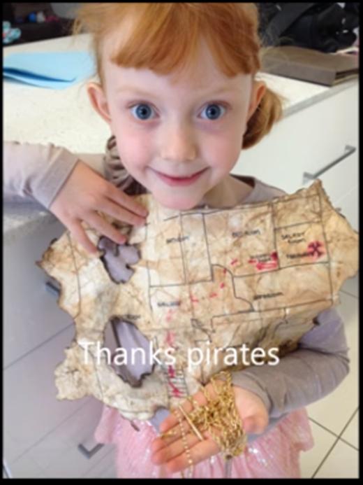 """Cô bé gửi lời cảm ơn hết sức chân thành đến """"những tên cướp biển"""" đã che giấu kho báu này. (Ảnh: Internet)"""