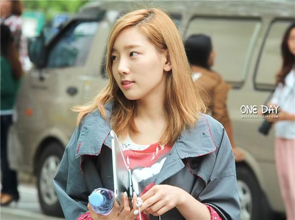 Mê mẩn nữ thần tượng Kpop đẹp không cần son phấn