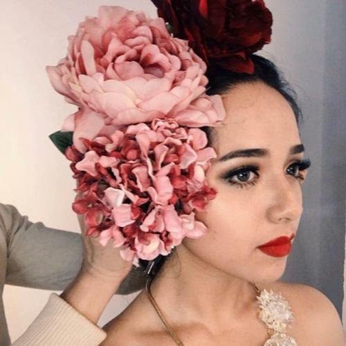 Những hình ảnh xinh đẹp của cô gái Ozeri Yael Phương Trinh.