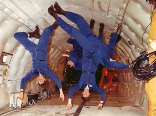 Họ sẽ được huấn luyện trong môi trường mô phỏngkhông trọng lực giống như ngoài không gian.(Ảnh: NASA)