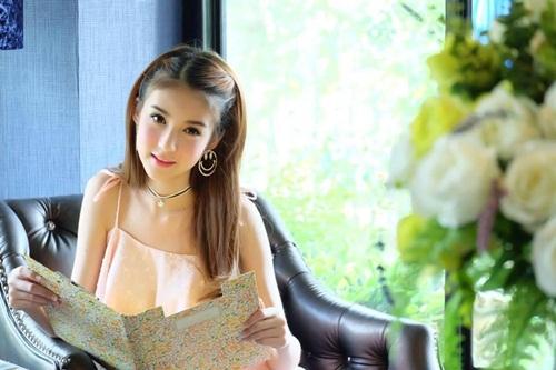Mỹ nhân chuyển giới Thái Lan đẹp đến khó tin
