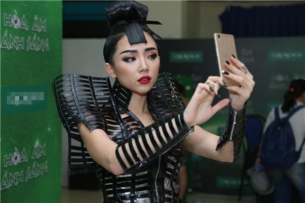 Thần tượng cũng thích selfie như ai chứ! - Tin sao Viet - Tin tuc sao Viet - Scandal sao Viet - Tin tuc cua Sao - Tin cua Sao