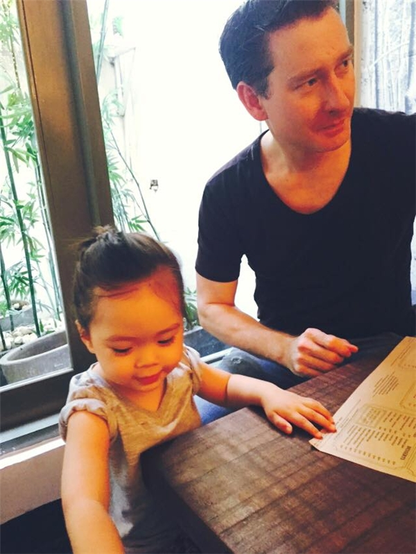Đối với Đoan Trang, vào thời điểm hiện tại, hạnh phúc gia đình chính là nguồn động lực lớn nhất trong cuộc sống. - Tin sao Viet - Tin tuc sao Viet - Scandal sao Viet - Tin tuc cua Sao - Tin cua Sao