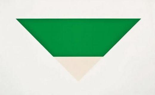 """Bạn có biết bức tranh này có giá bao nhiêu không? 1,6 triệu USD(khoảng35,8 tỉ đồng) đấy! Nó được vẽ bởi Ellsworth Kelly và có tên là """"Green White""""."""