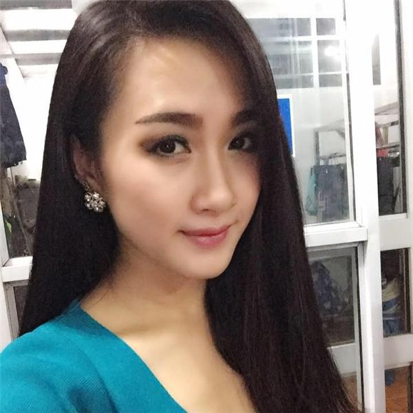 Sở hữu gương mặt xinh đẹp, dễ thương,Nhungđược rất nhiều người mến mộ.(Ảnh: Internet)