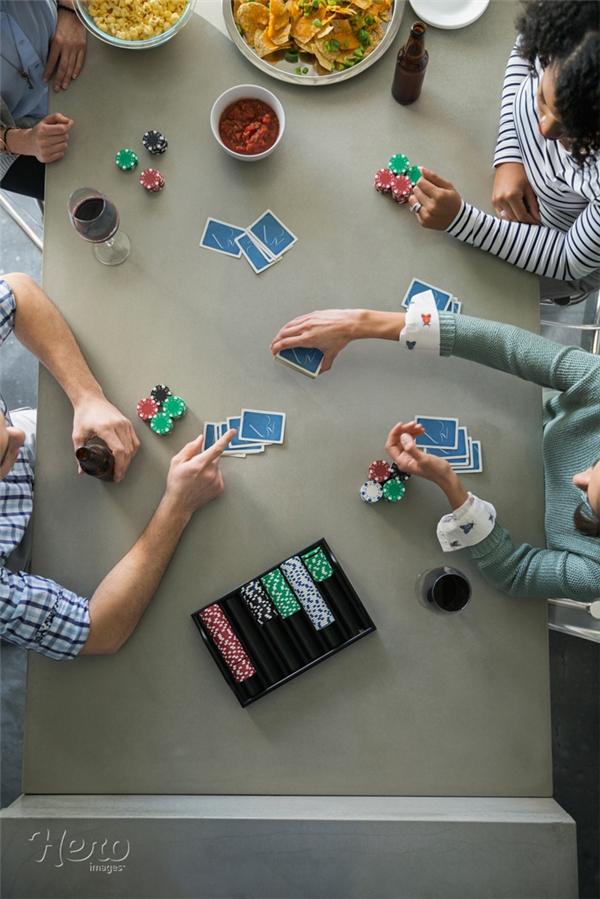 Bài Tây là trò chơi rất phổ biến trên toàn thế giới. (Ảnh: Internet)