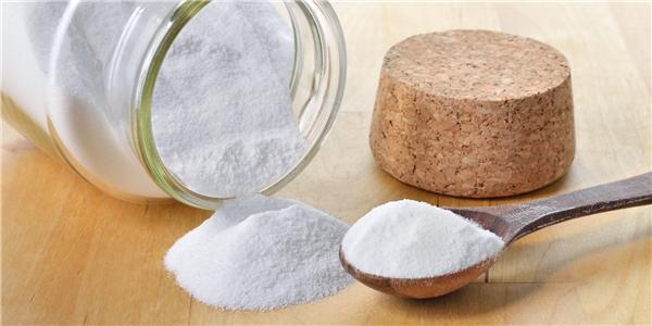 Baking soda giúp ngăn ngừa rụng tóc và cải thiện tóc dầu. (Ảnh: Internet)
