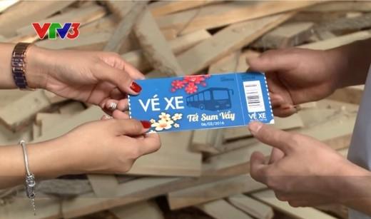 Tấm vé Tết Sum Vầy trao tay cũng chính là niềm hạnh phúc được lan tỏa cho một mùa Tết trọn vẹn.