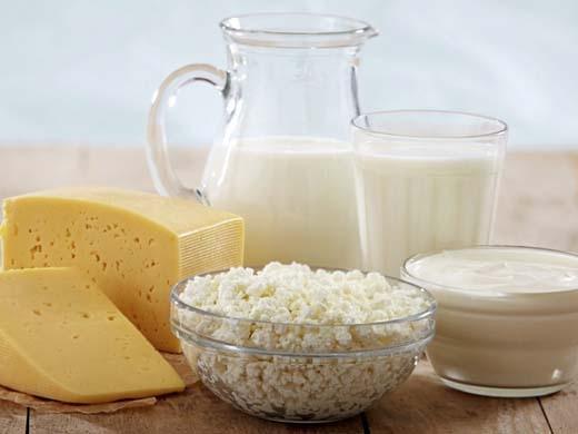 Sữa có hàm lượng dinh dưỡng cao nhưng lại dễ gây mụn cho da.(Ảnh: Internet)