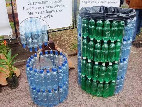 Thùng rác làm từ vỏ chai. (Ảnh: Internet)