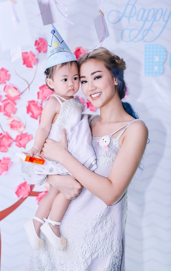 Sinh nhật 1 tuổi hoành tráng của con gái Maya - Tin sao Viet - Tin tuc sao Viet - Scandal sao Viet - Tin tuc cua Sao - Tin cua Sao