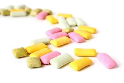 Chất aspartame trong kẹo cao su có thể nguy hiểm đến sức khỏe.(Ảnh: Internet)