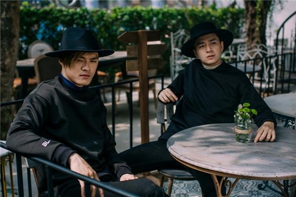 """Hai mĩ nam V-biz thi nhau đọ độ """"chuẩn man"""" trong bộ ảnh mới. - Tin sao Viet - Tin tuc sao Viet - Scandal sao Viet - Tin tuc cua Sao - Tin cua Sao"""