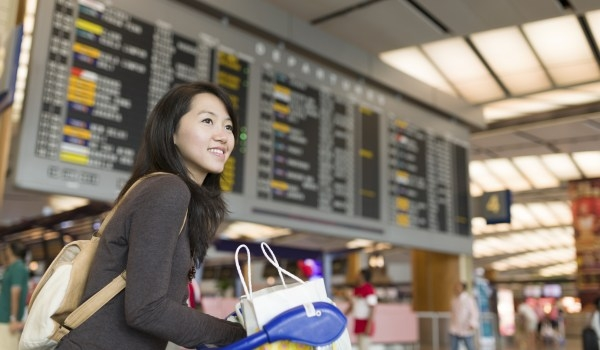2. Hãy linh động. Cụ thể, nếu bạn muốn đi du lịch ở một nơi, hãy linh động về giờgiấc. Nếu bạn muốn đi du lịch qua nhiều nơi, hãy linh động về vị trí của những nơi đó. Tuy nhiên chỉ được chọn 1 trong 2 cách trên thôi.(Ảnh minh họa - Nguồn: Internet)