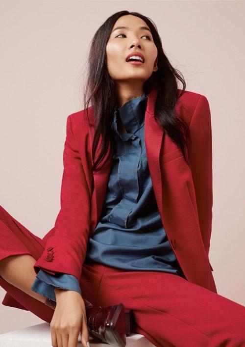Cô là người mẫu Việt đầu tiên xuất hiện trên những trang báo của tạp chí hàng đầu thế giới này. - Tin sao Viet - Tin tuc sao Viet - Scandal sao Viet - Tin tuc cua Sao - Tin cua Sao